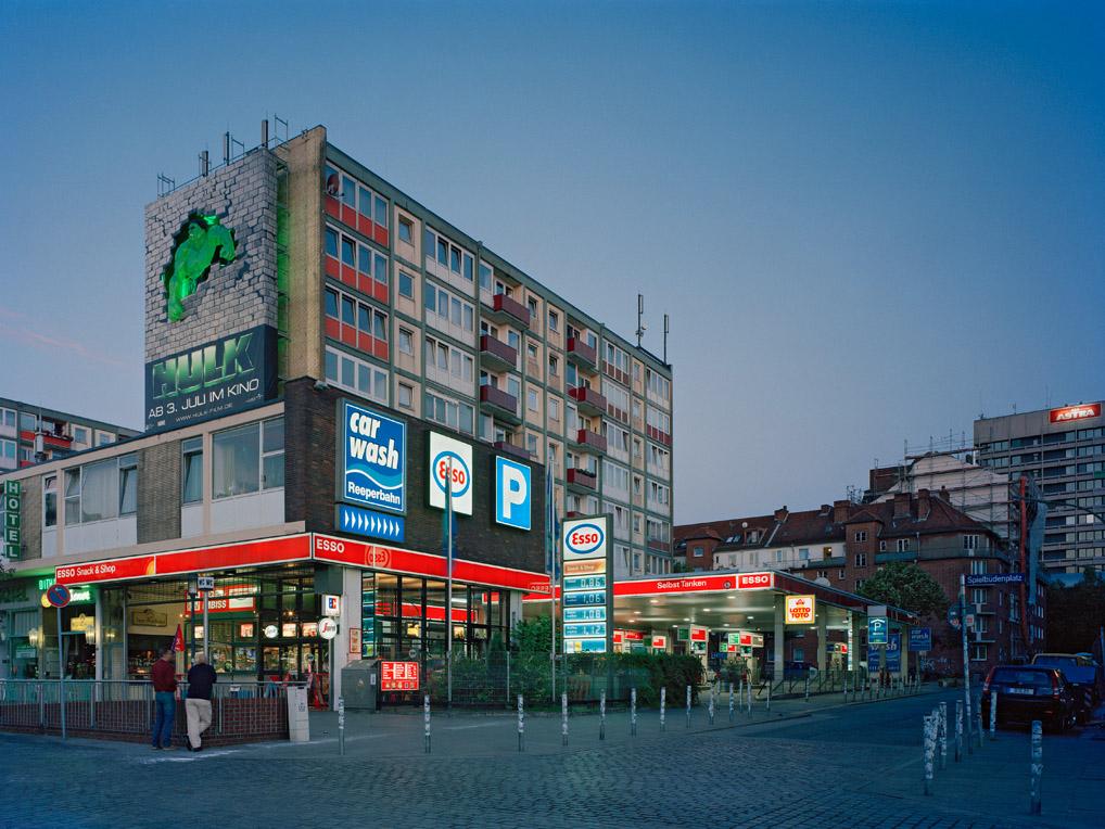 Esso Reeperbahn, Esso Häuser, Spielbudenplatz, Astra Turm
