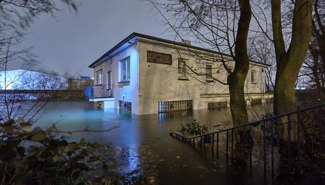 Sturmflut Xaver am 06.12.2013, Bootshaus Wikinger Veddel