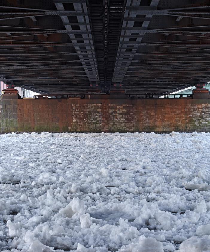 Freihafenbrücke im Winter 2012