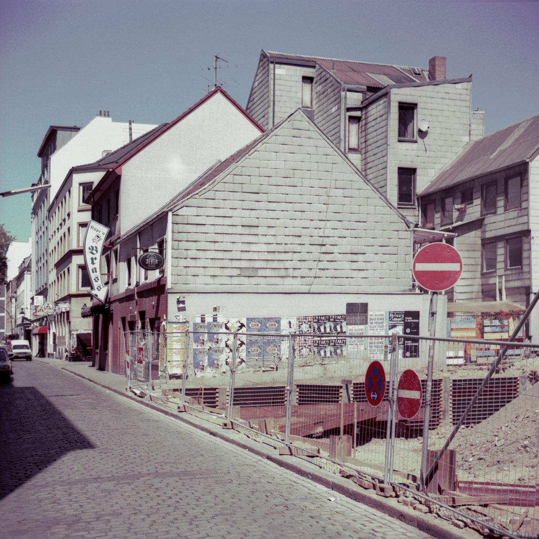Gerhardstrasse, Käpt_n Brass, 1997